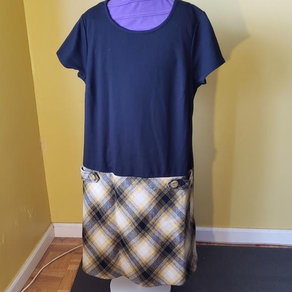 LOFT Dresses & Skirts - Mixed media dress